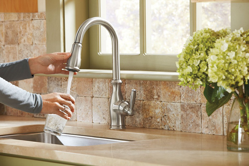 Moen 7185 Brantford Kitchen Faucet Review - High Arc Pulldown ...
